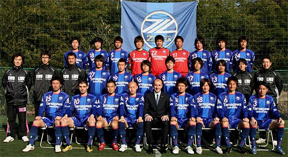 http://zelvia.sakura.ne.jp/players/imgs/team_2011.jpg